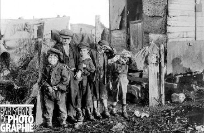 Petits-chiffonniers-sur-la-Zone-vers-1900.-700x455